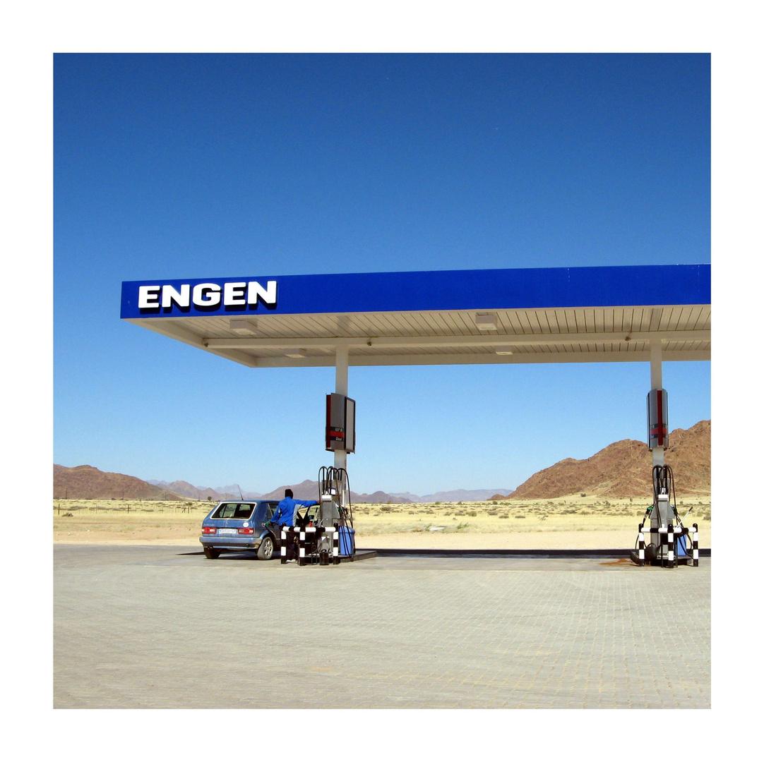 Letzte Tankstelle vor der großen Wüste...