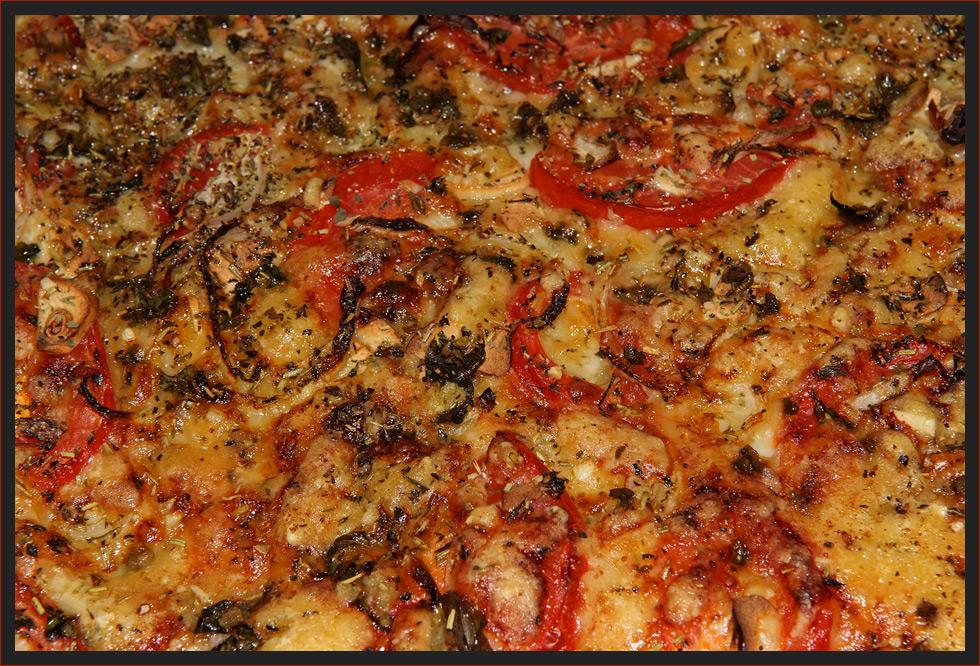 LEUCHTENDE PIZZA