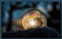 Leuchtende Seifenblase