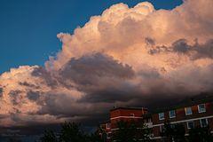 Leuchtende Wolken über Norderstedt-Glashütte (1)