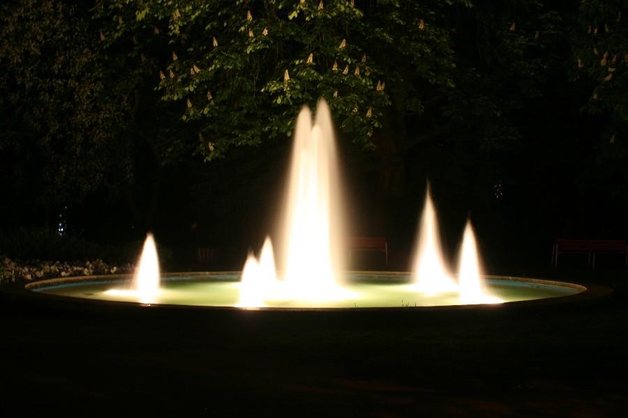 Leuchtendes Wasser
