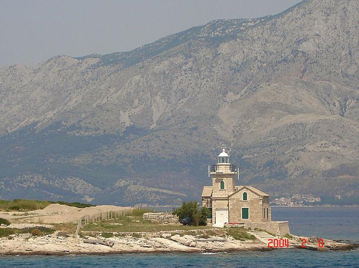 Leuchtturm am Hafen von Sucuraj ( Hvrar/Kroatien)