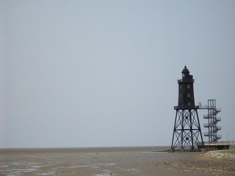 Leuchtturm bei Ebbe