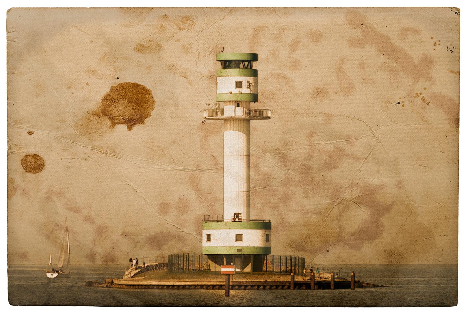 Leuchtturm Friedrichsort am Falckensteiner Strand (Kiel) ... alt