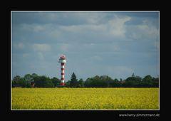 Leuchtturm im gelben Meer