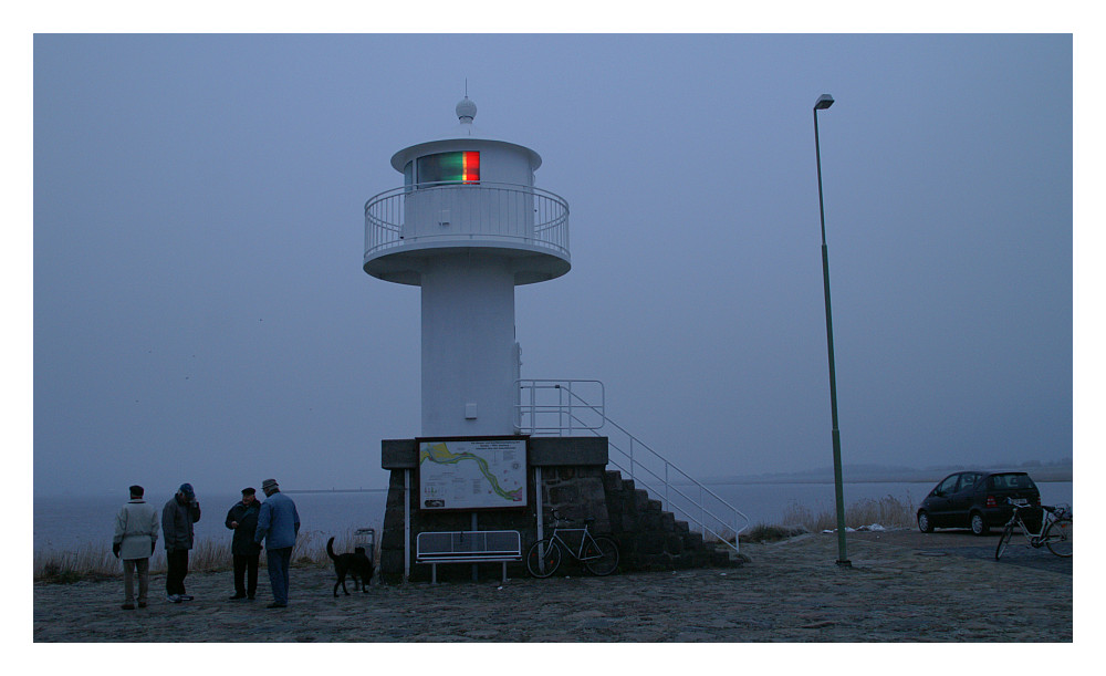 Leuchtturm in Glückstadt an der Hafenausfahrt