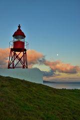 Leuchtturm und Sonnenuntergang
