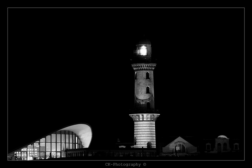 "Leuchtturm ""Warnemünde"""