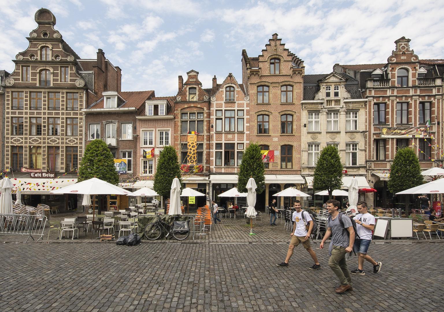 Leuven - Oude Markt - 04