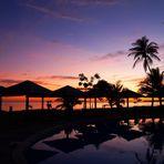 Lever de soleil sur la piscine de l'Hôtel Tiéti - Sonnenaufgang am Schwimmbad des Tiéti Hotels