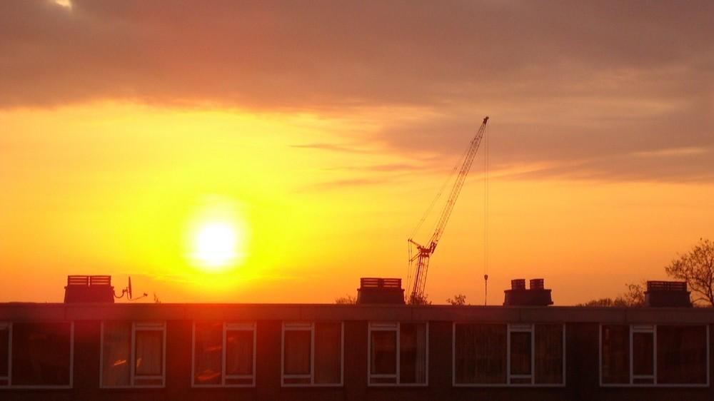 Lever du soleil chez ceux d'en face :)