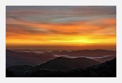 lever  et brouillard sur les avant monts