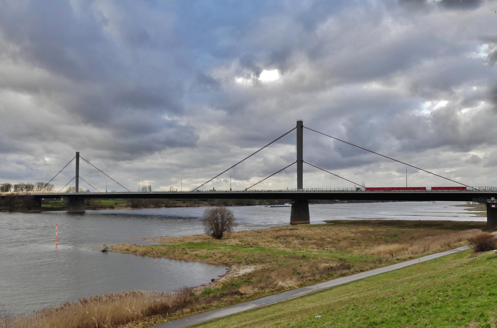 Leverkusen Rheinbrücke