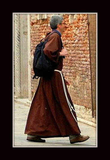 L'habit fait le moine