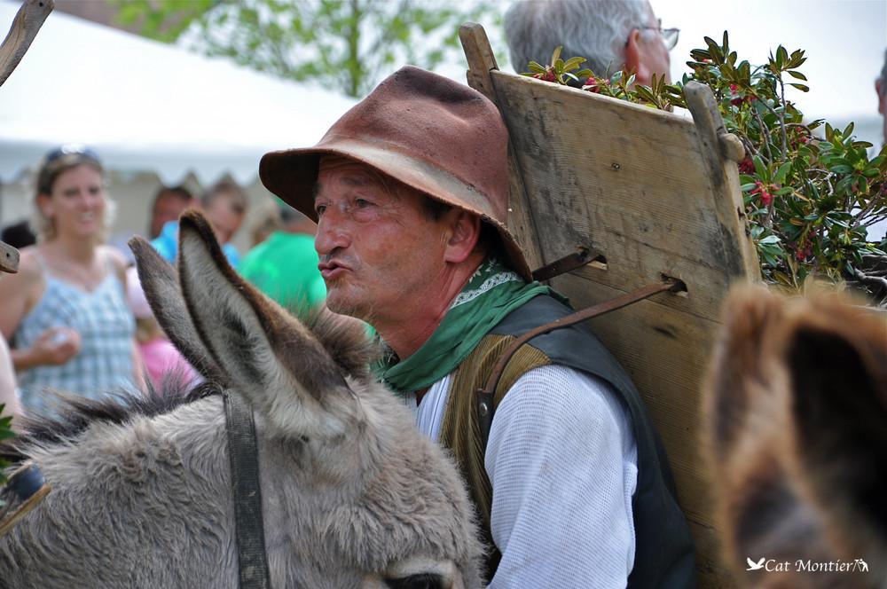 l'homme qui chuchotait à l'oreille des ânes ... der Mann, der Esel's Ohren leise raunt
