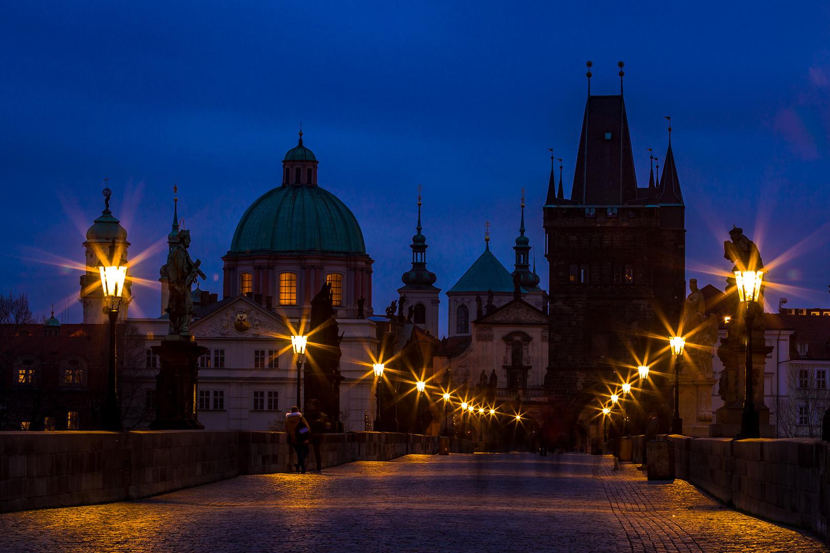 Licht in der Kreuzherren Kirche