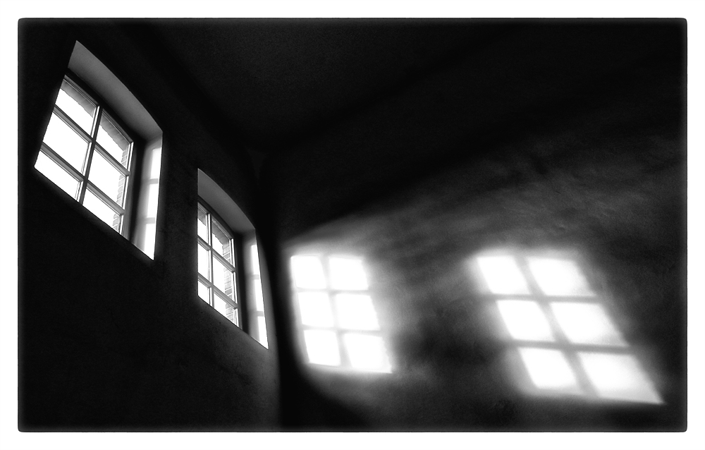 licht und schatten foto bild architektur fenster t ren architektonische details bilder. Black Bedroom Furniture Sets. Home Design Ideas