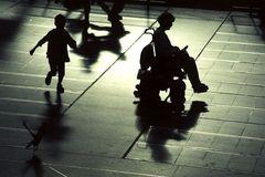 Licht und Schatten III: Un- und Beweglichkeit