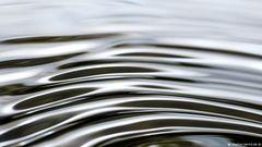 - Licht - Wellen - Wasser - Wellen - Licht - 4/19