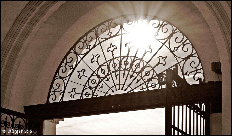 Lichtblick - Eingang Stift Göttweig