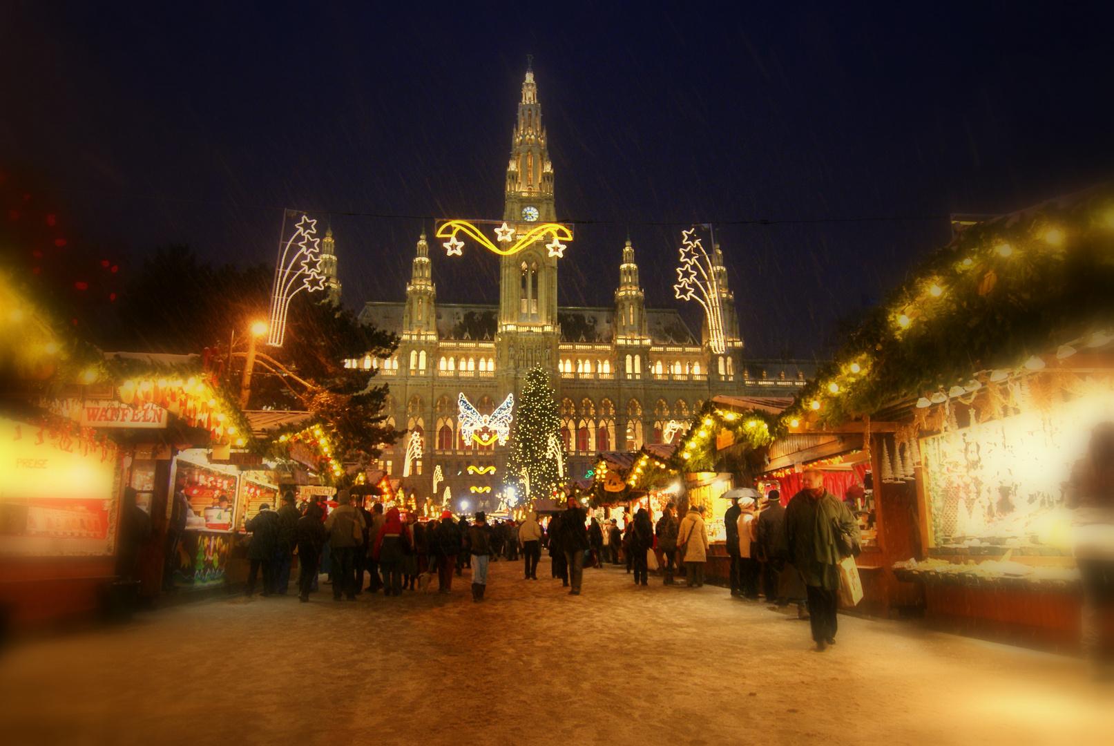 Lichter, Schnee, Punsch und Kekserlduft - es liegt Weihnachten in ...