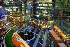 Lichterfülltes Sony-Center