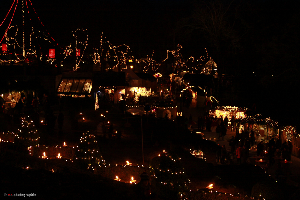 Weihnachtsmarkt Hexenagger.Lichterlandschaft Am Weihnachtsmarkt In Hexenagger Foto Bild