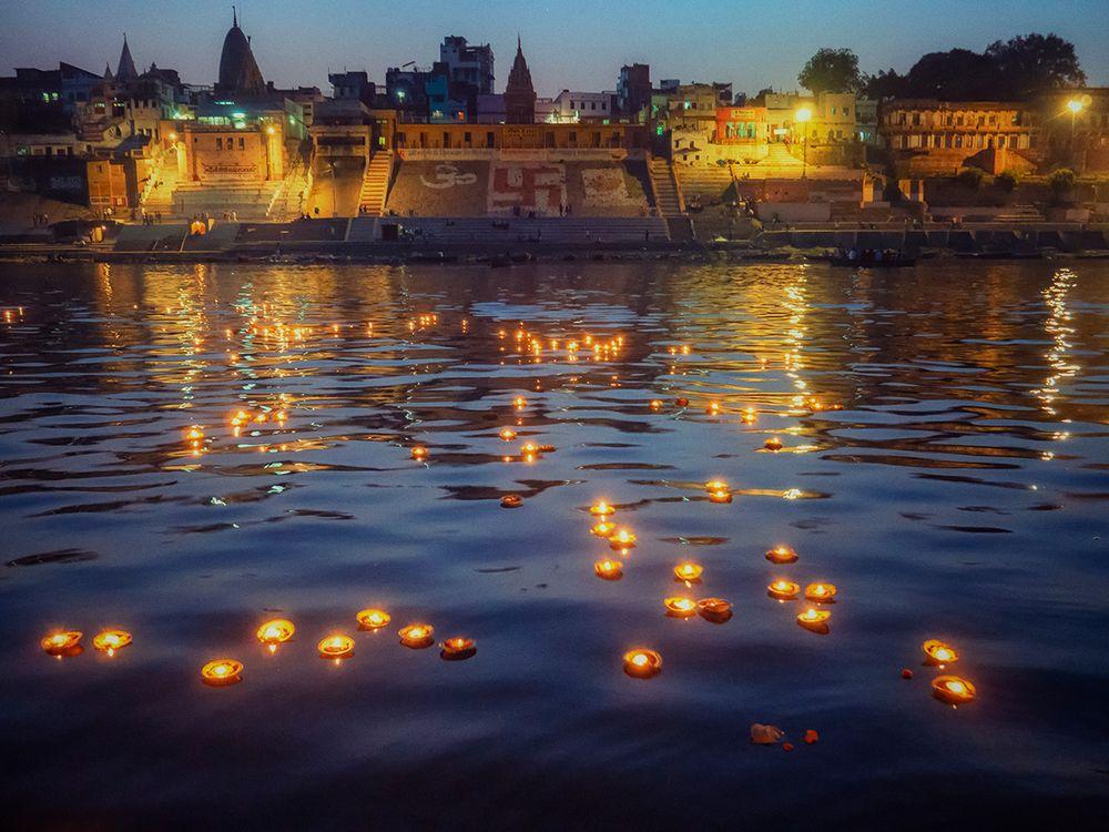 Lichterritual auf dem Ganges