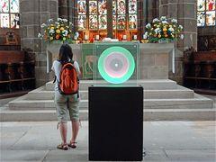 Lichtkreise vor dem Altar