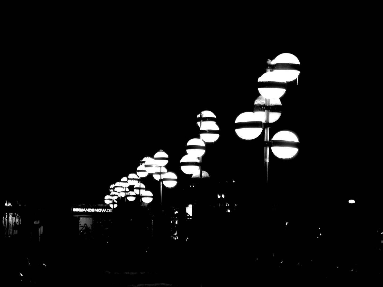 Lichtkugeln bw