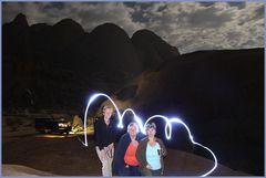 Lichtmalerei in Namibia +6Reisefotos