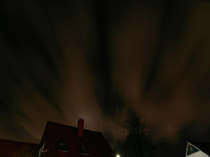 Lichtspiele bei Nacht über Obernbeck