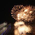 Lichtspiele mit Feuerwerk Düsseldorf 3 ewigo