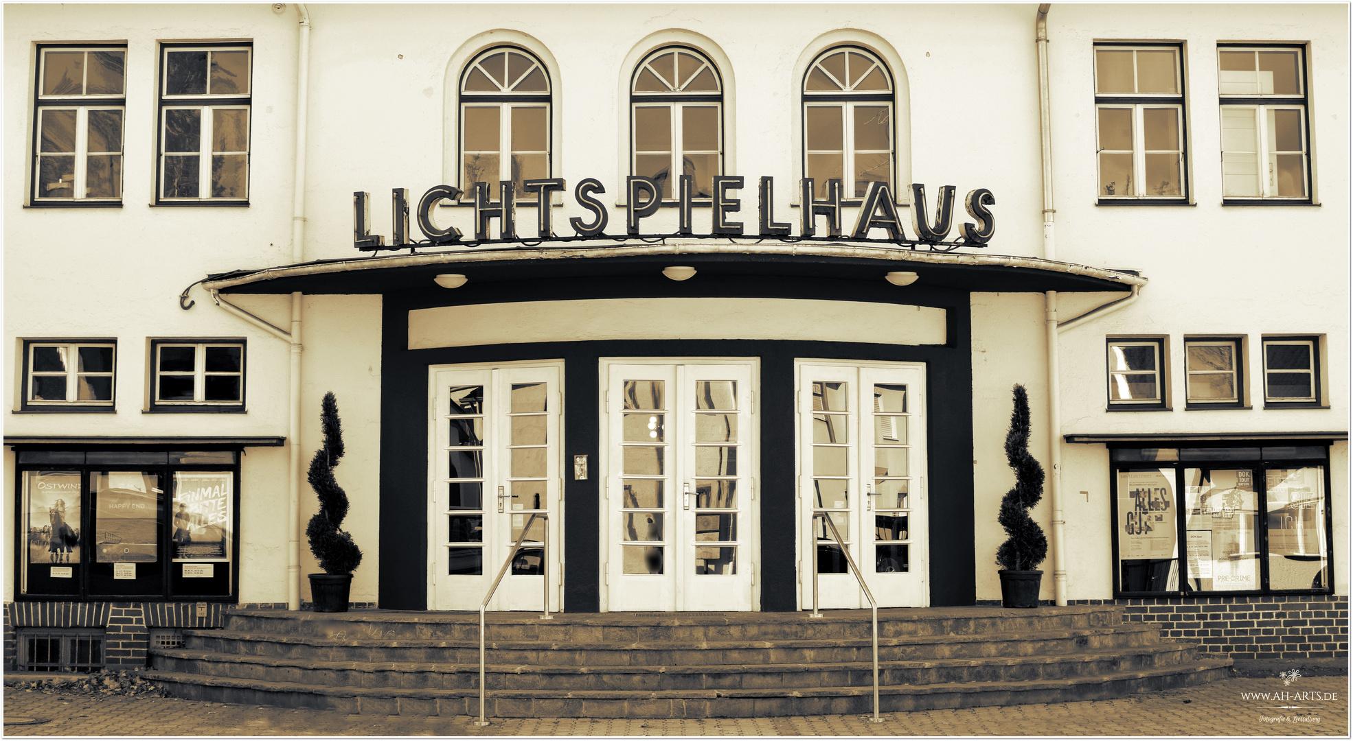 Lichtspielhaus FFB s/w (Bayern)
