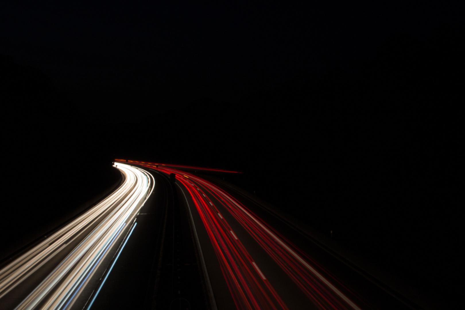 Lichtspuren Autobahn