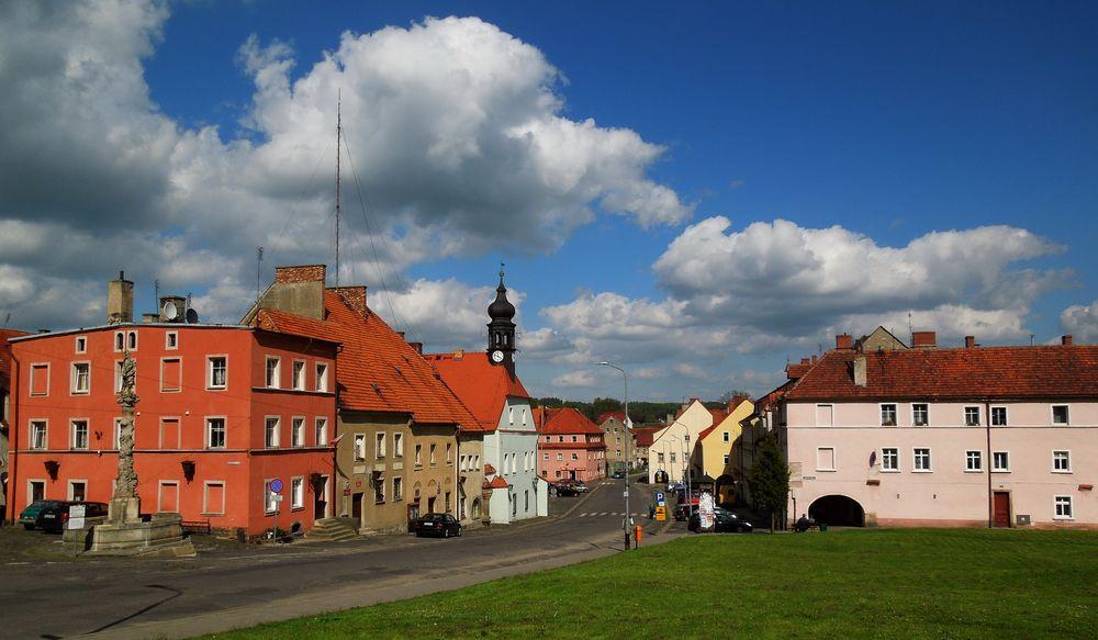 Liebenthal ,Markt mit Rathaus