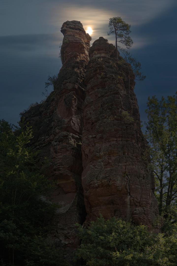 Liebespaar aus Stein