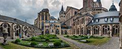 Liebfrauenkirche und Hoher Dom Sankt Peter zu Trier