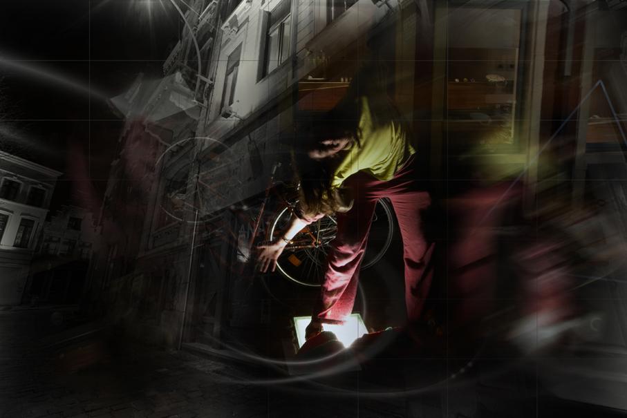 LightAcrobat.com (2)