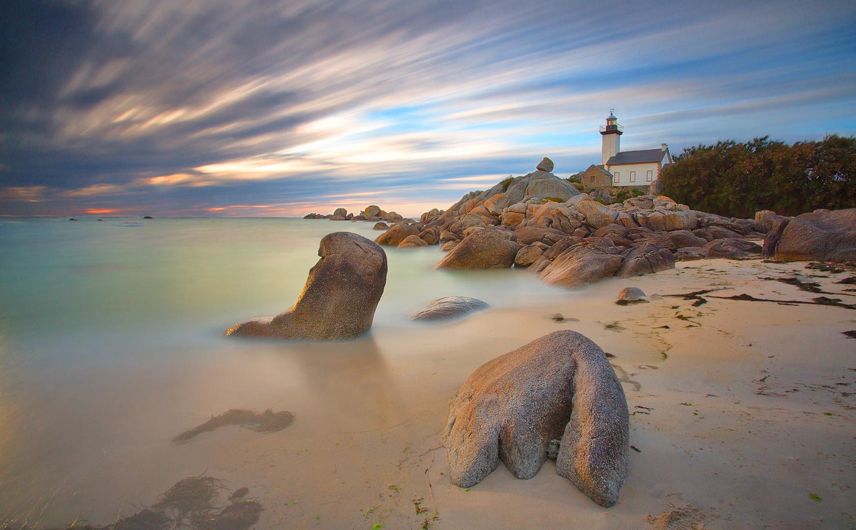 - lighthouse -