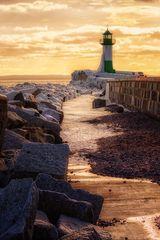 Lighthouse on Ice