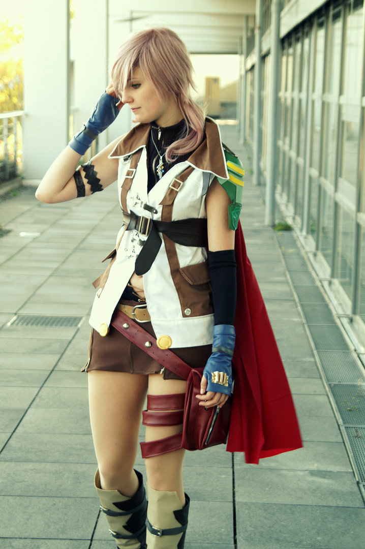 Lightning [Cosplay] - Final Fantasy XIII (2)