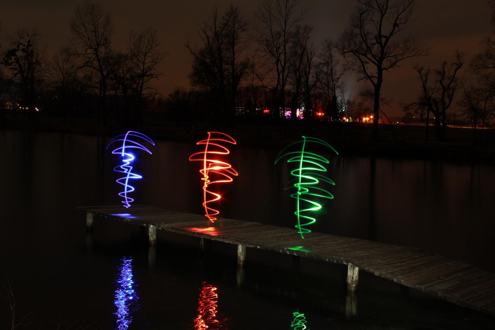 Lightpainting at lake
