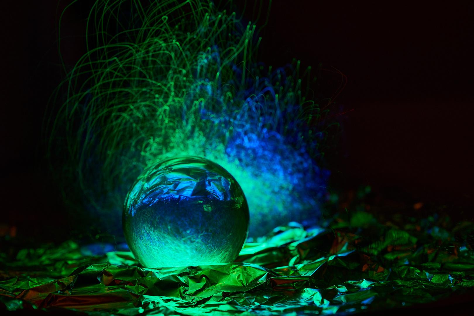 LightPainting mit Glaskugel und Fiberglasleuchte