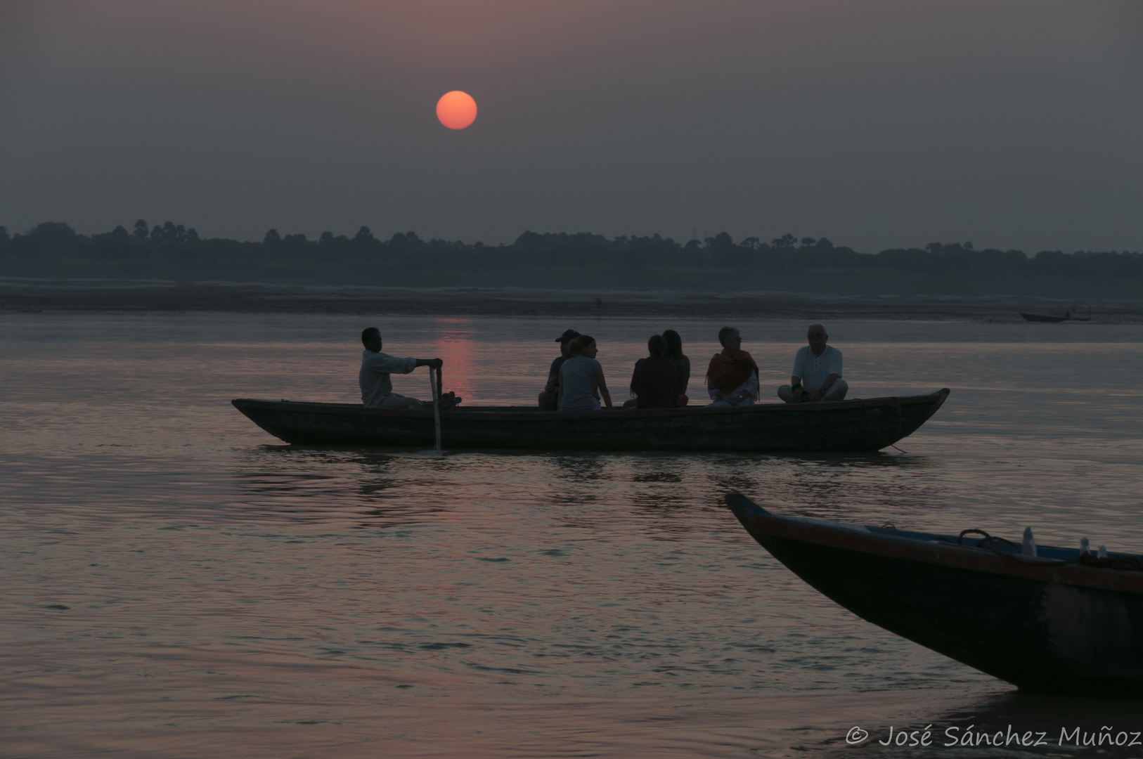 Lights of the sun of the new day in Varanasi.