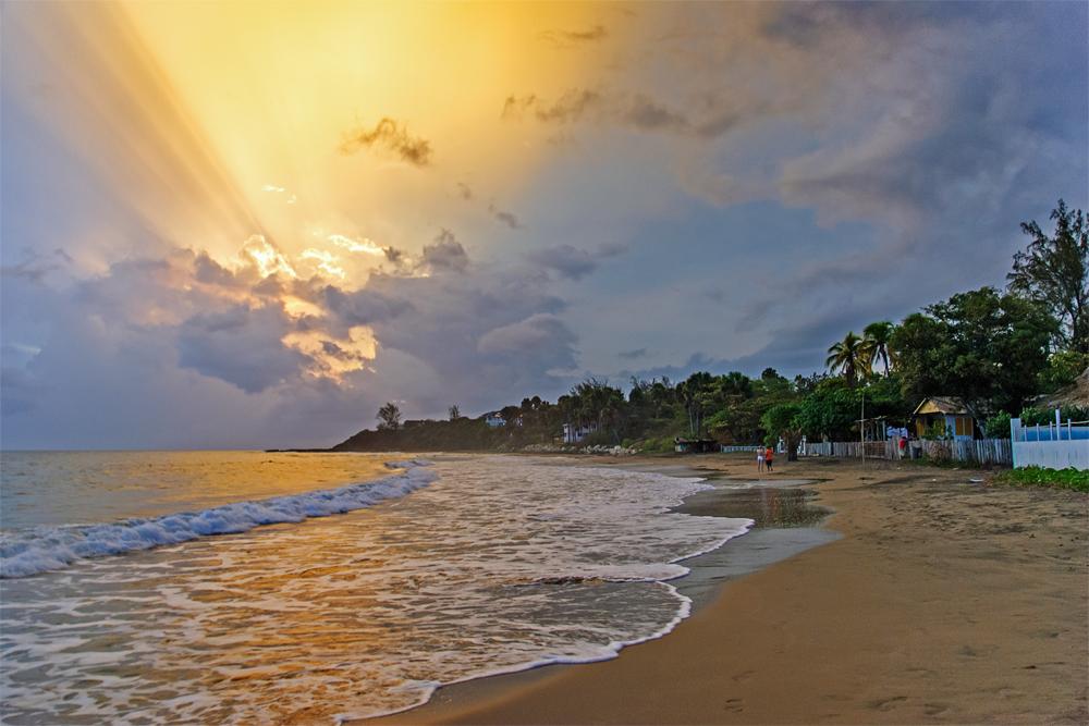 Lights of Treasure Beach