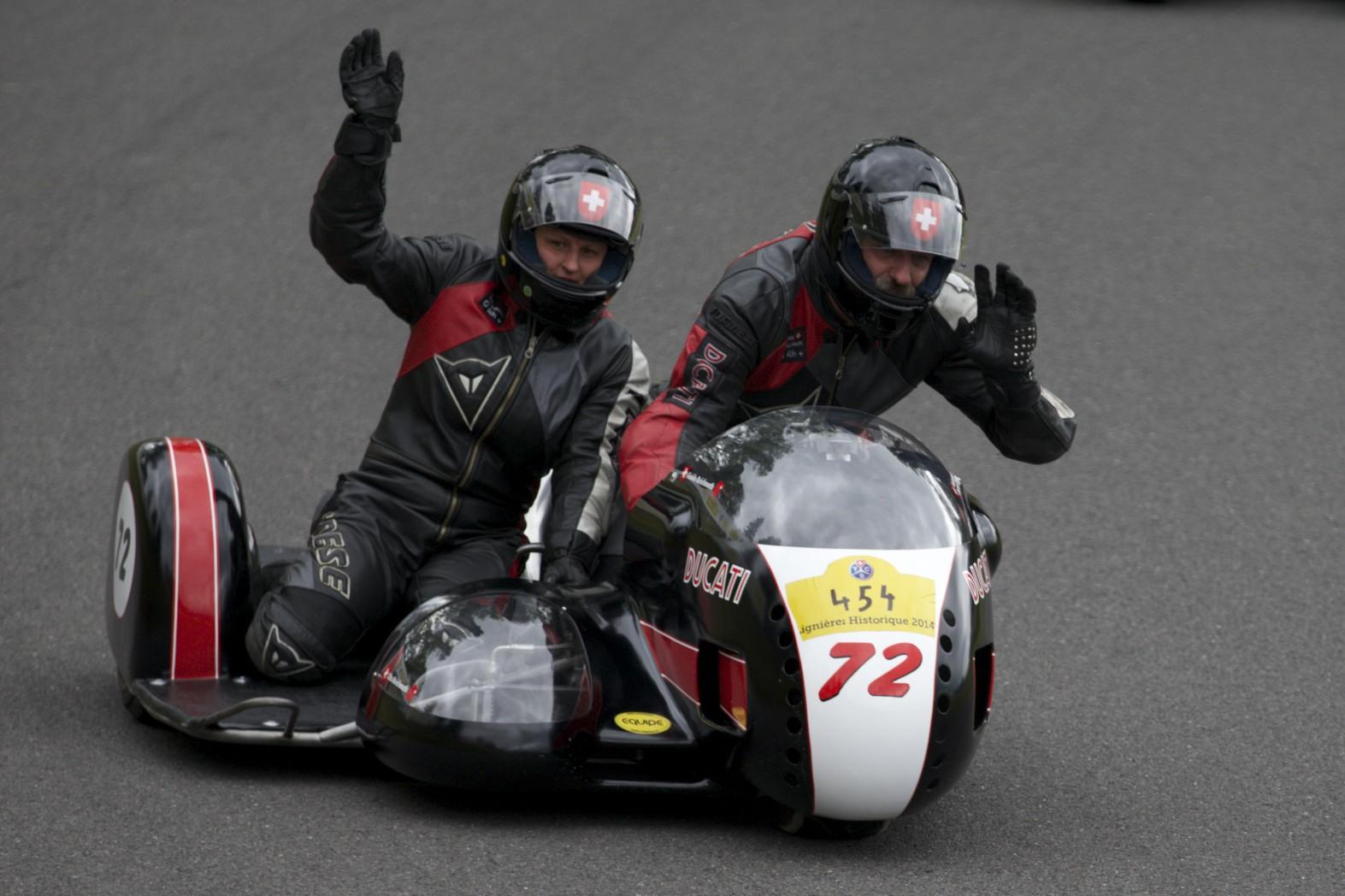 Lignières Historique 2014 Ducati Kneeler