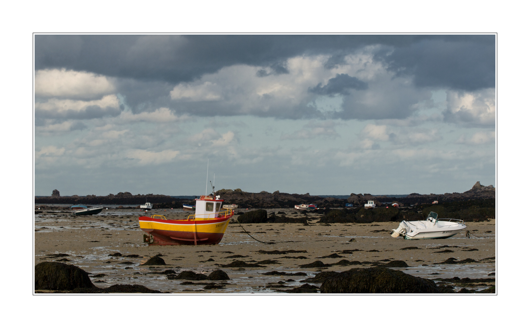 Lilia, le bateau jaune et rouge