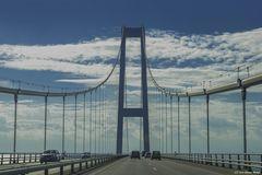 - Lillebaelt Brücke -