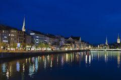 Limmatquai Zürich in der Nacht